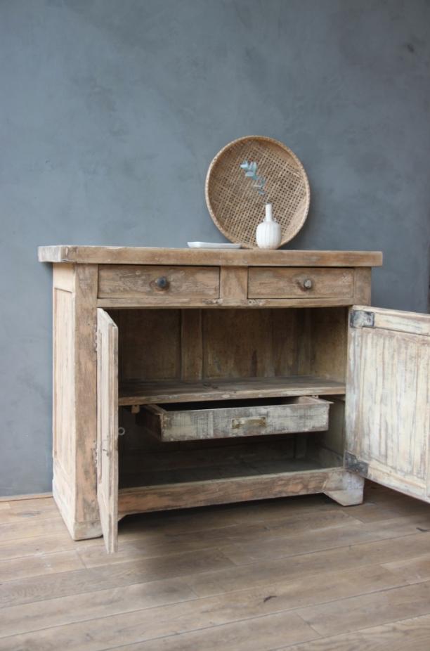 ancien billot petite belette. Black Bedroom Furniture Sets. Home Design Ideas