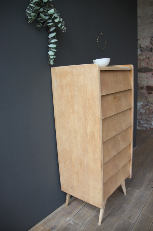 semainier ann es 50 petite belette. Black Bedroom Furniture Sets. Home Design Ideas